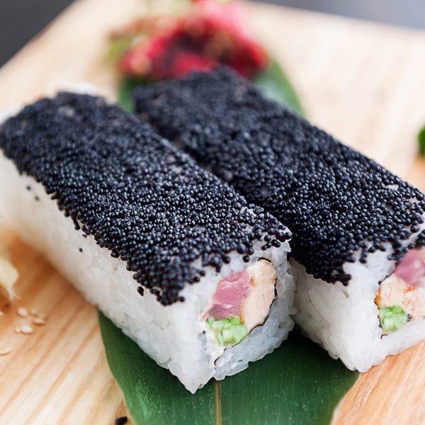 Black-roll с тунцом - фото